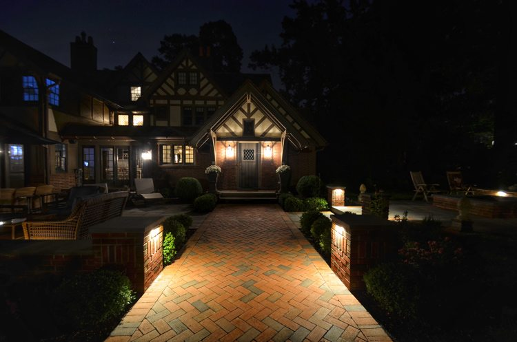 Attractive Landscape Lighting Tips For Design